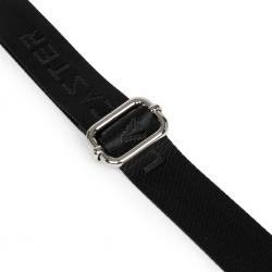 001-010815 noir/rouge